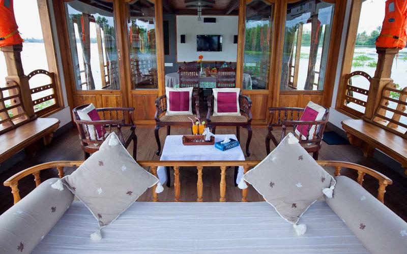 Boat House Living