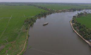 paddy-houseboat